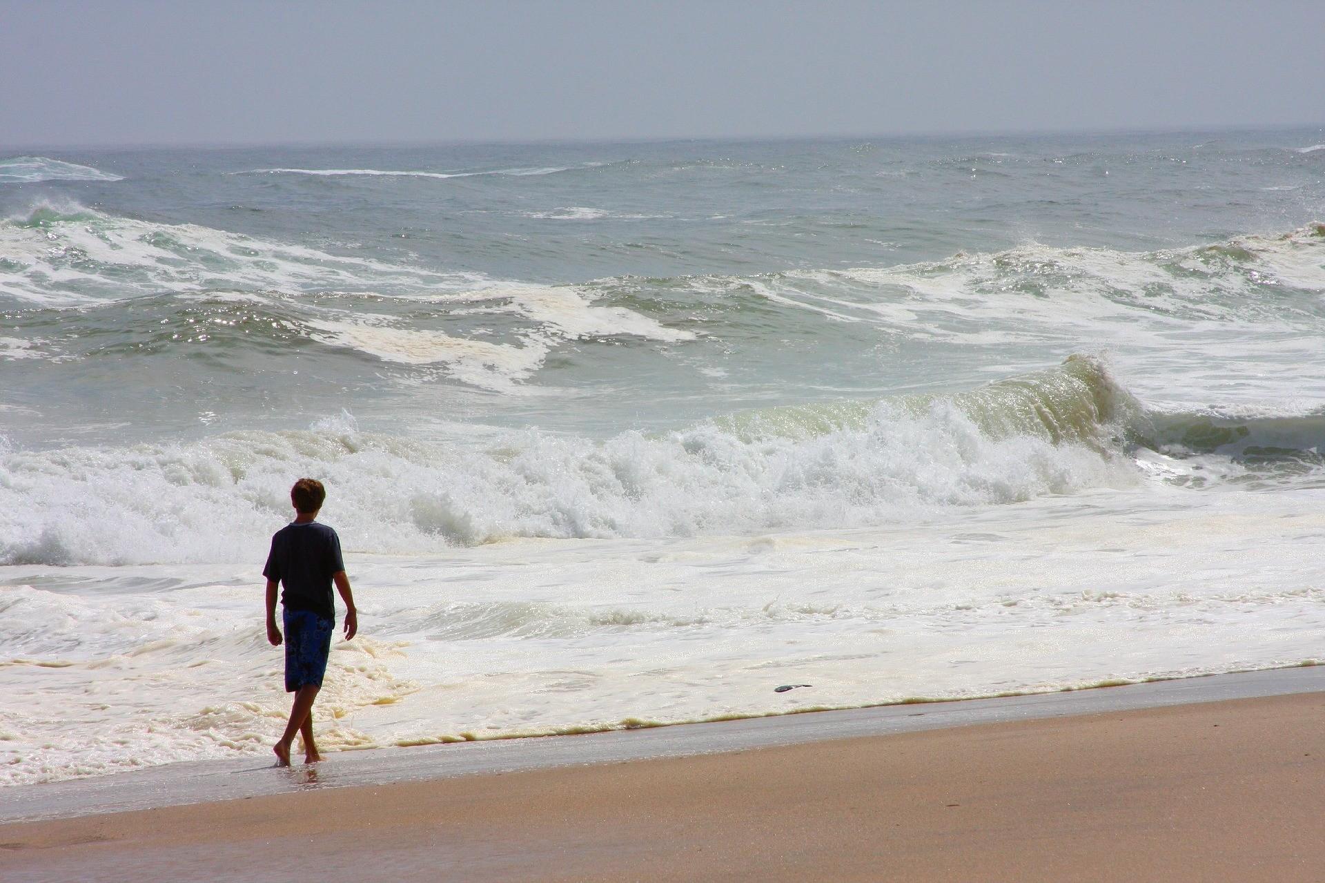 beach-1239498_1920