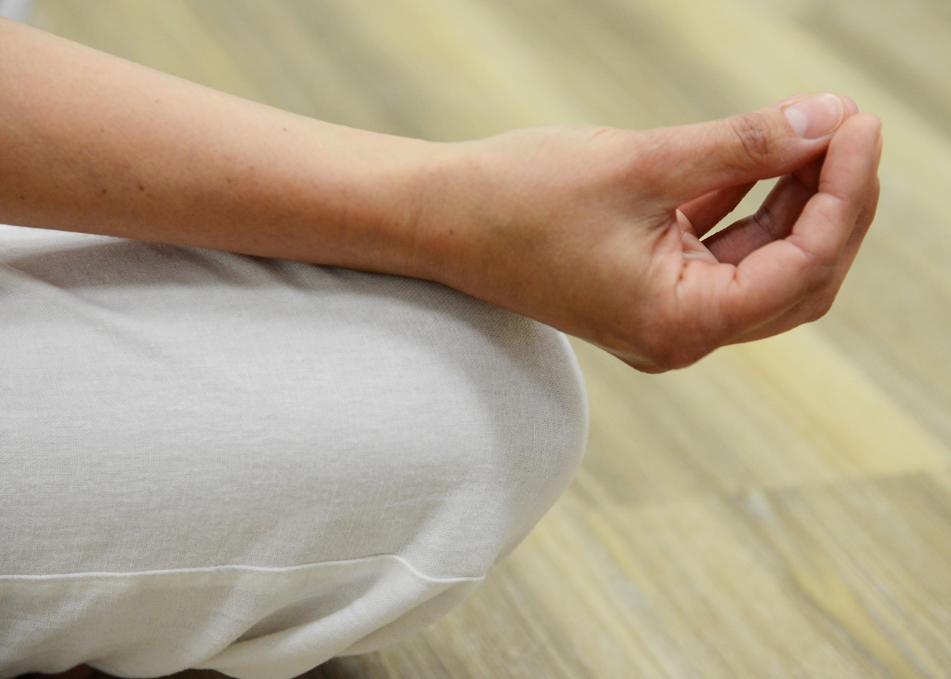 meditate-2307823_1920